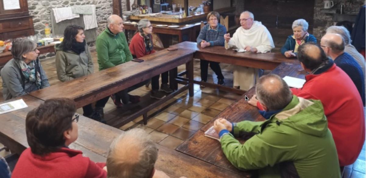 Formation hospitaliers autour d'une table